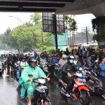 インドネシアの雨被害が酷い!/漫画並みの洪水で町は崩壊?