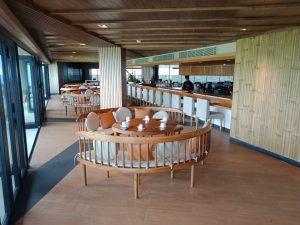 コモド島 高級ホテル、高級コテージ、絶景ポイント