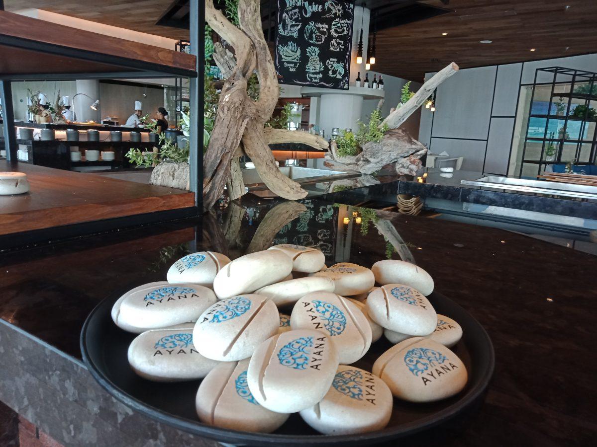 コモド島、絶景で感動する高級ホテル5選/行くべき超絶お勧め