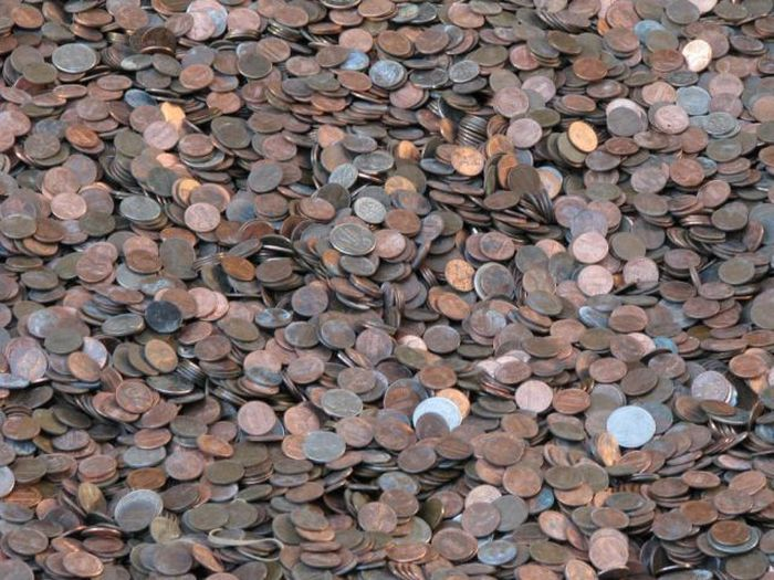 one_hundred_million_pennies_05.jpg