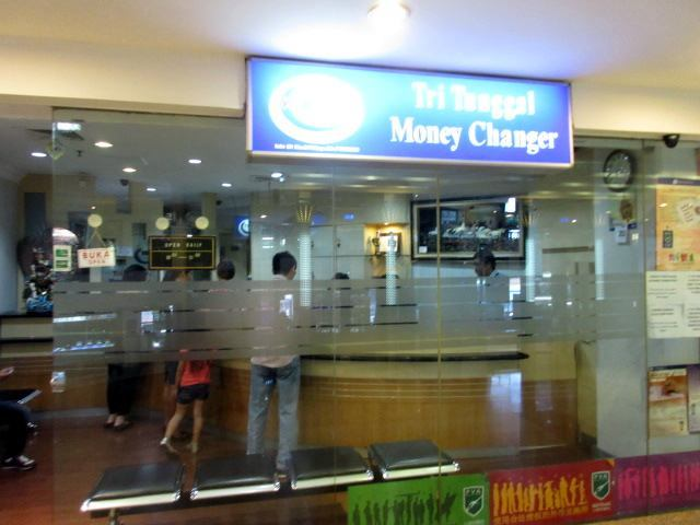 tri_tunggal_money_changer_1.jpg